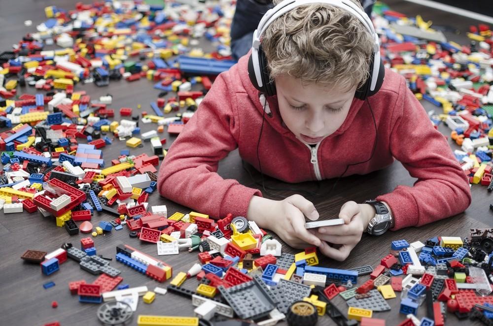 Früher Lego - heute Smartphone