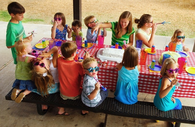 Kindergeburtstag: 10 Geschenke für Geburtstagskinder