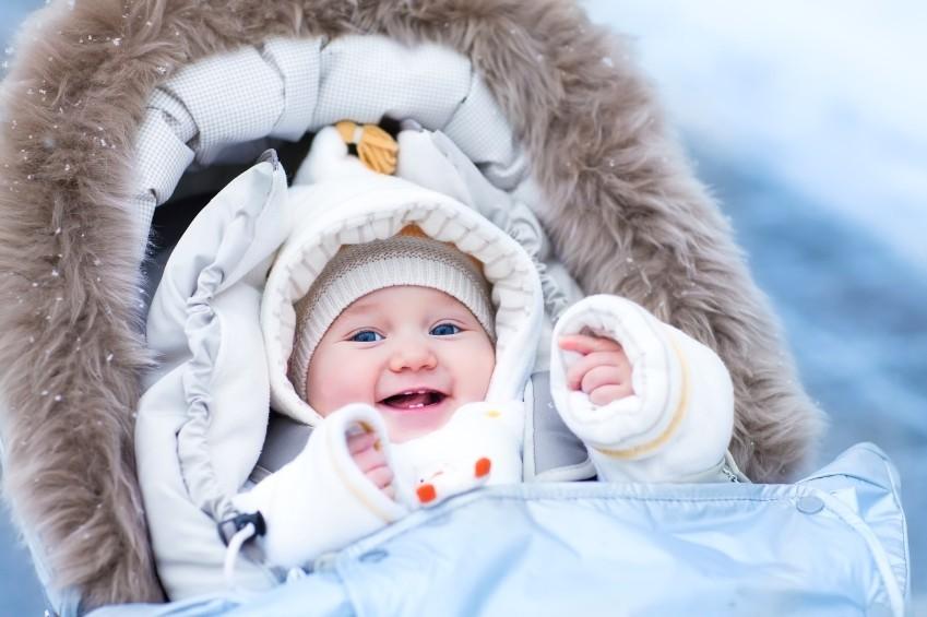 Babys im Herbst und Winter warm einpacken
