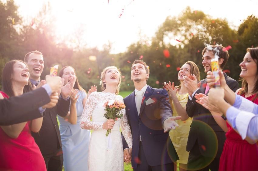 Bräutigammode-die-zum-Rahmen-passt