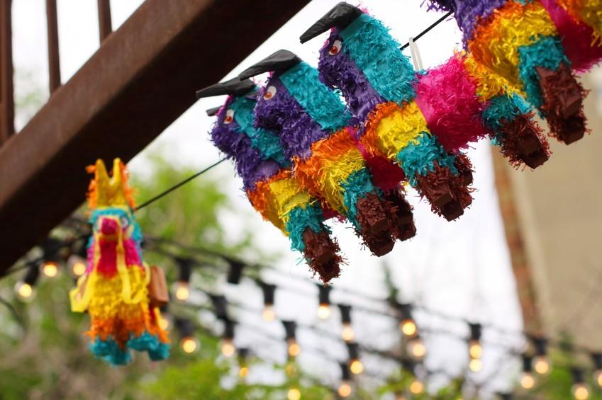DIY-Geschenk zum Reinschlagen: Piñata selbermachen