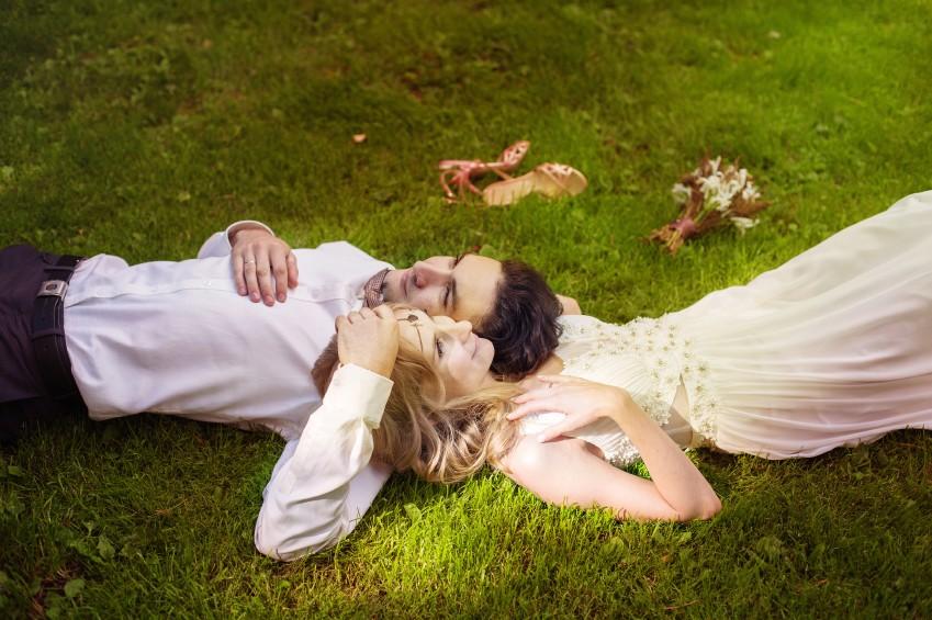 Am Hochzeitstag ist der Wedding Planer Ansprechpartner für alle organisatorischen Fragen, das frischvermählte Paar kann sich ganz einander und seinen Gästen widmen.